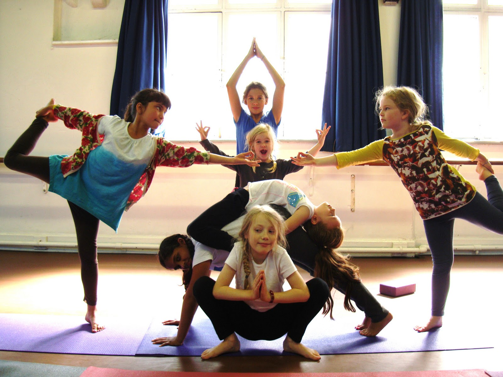 yoga-kids-summer-2011-064.jpg